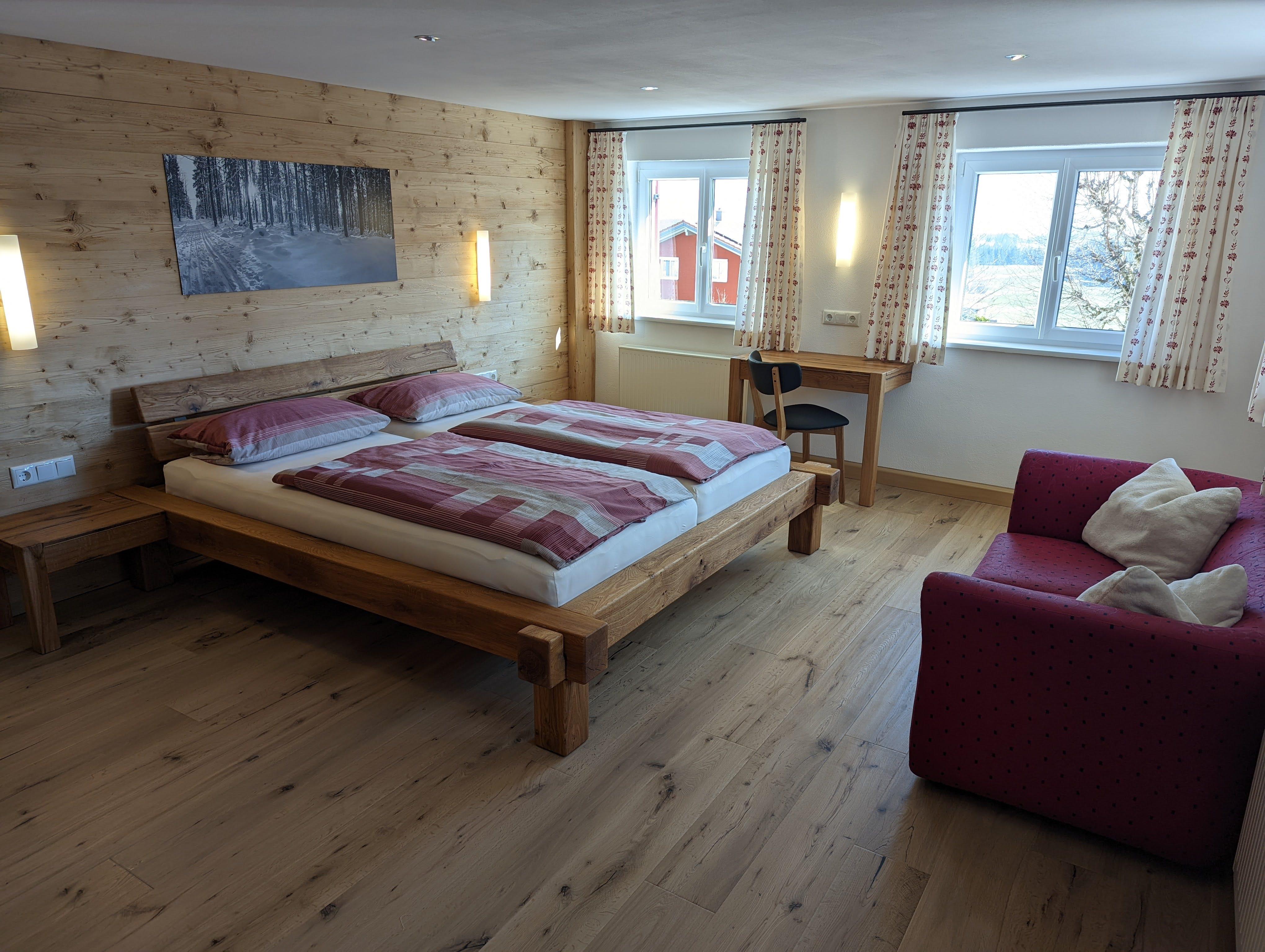3.Schlafzimmer mit Doppelbett